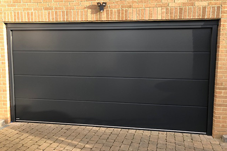 Hormann lpu42 l ribbed sectional door in anthracite