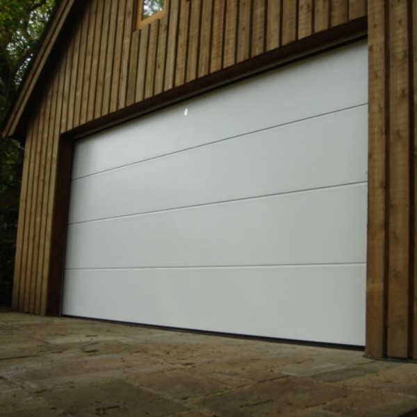 Flush Smooth White Iso45 Steel Sectional Door
